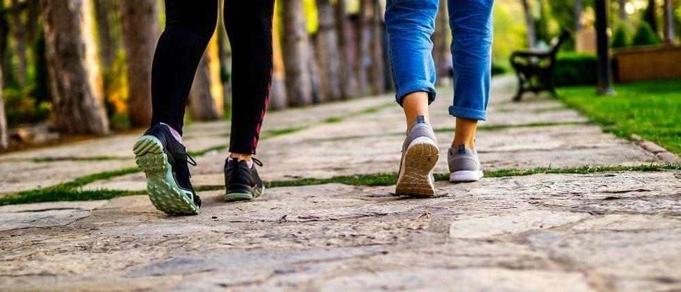 """Health Tips - अर्धा तास पायी चालण्याचे """"हे"""" आहेत फायदे"""