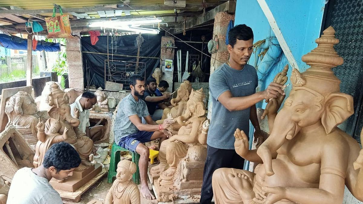 Ganesh Festival 2021: गोव्यात कोरोनामुळे स्थानिक गणपती मूर्तिकारांना लाभ