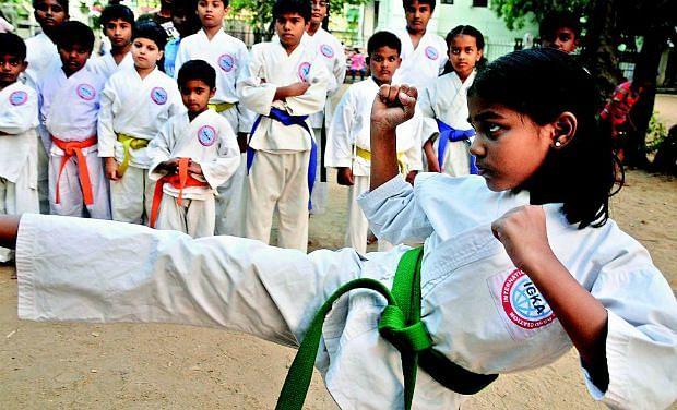 Goa : मुलींना शाळेतच मिळावेत स्वसंरक्षणाचे धडे