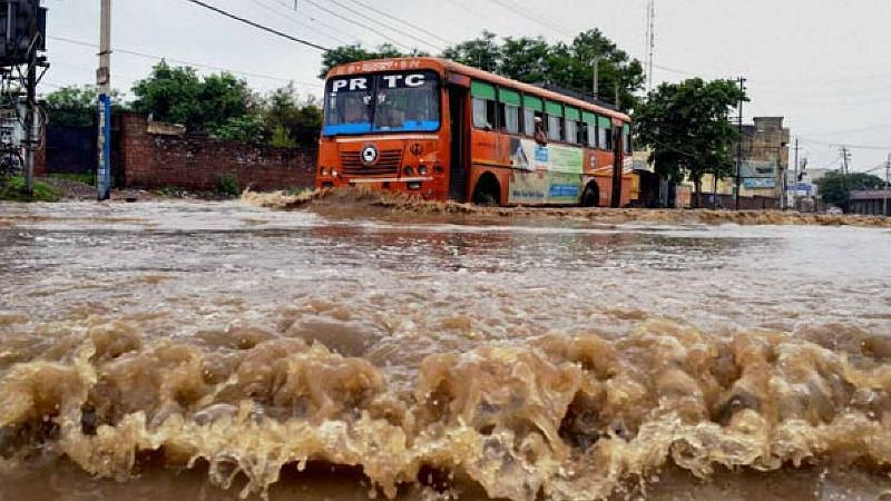 Goa: पाणीच पाणी चहुकडे!