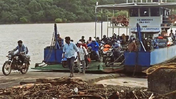 Goa: तपासणीची बोंब, मात्र  कोरोना चाचणी सक्तीची