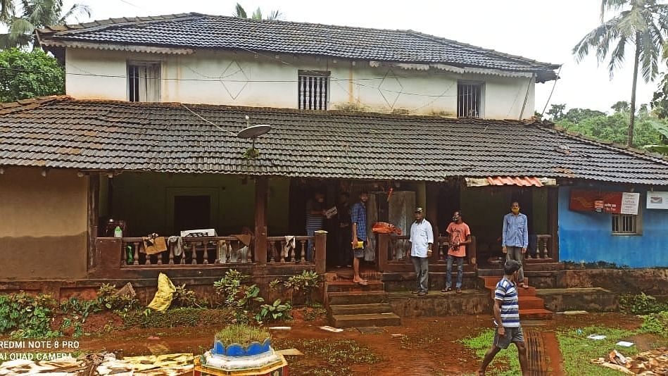 Goa: Babu Kavlekar Inspecting work at Safa Masjid Phoda.
