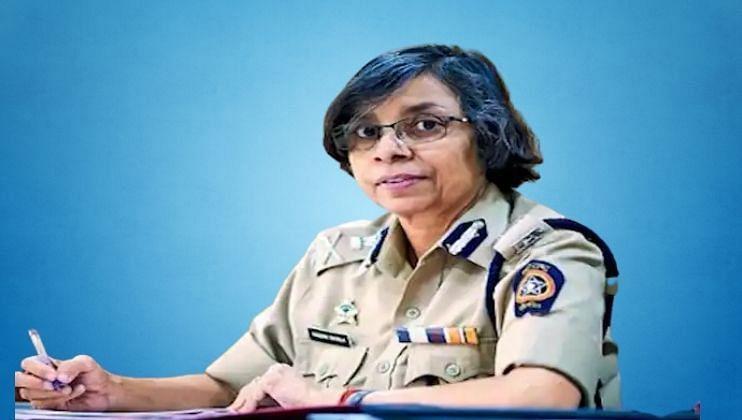 सरकारच्या सहमतीनेच 'फोन टॅपिंग': रश्मी शुक्ला