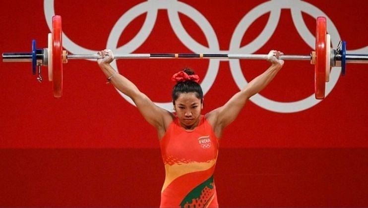 Tokyo Olympics: मीराबाई चानूची 'चंदेरी' कामगिरी,भारताला मिळवून दिले पहिलं पदक!
