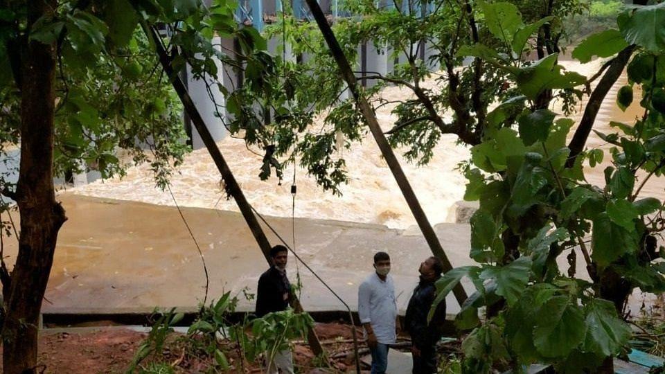 Goa: Bridge Getting Danger in Morle.