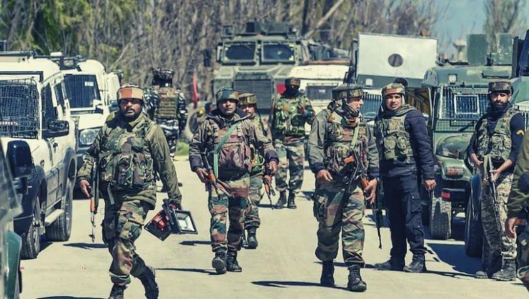जम्मू-कश्मीरमध्ये मोठ्या हल्ल्याची शक्यता, देशातील एजन्सीज् हाय अलर्टवर