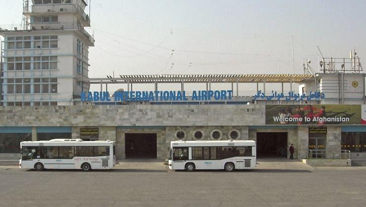 काबूल विमानतळावर मोठा ब्लास्ट