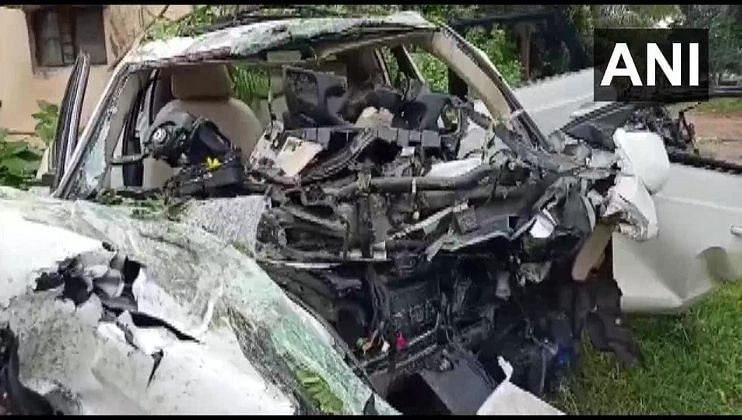 कर्नाटकात मोठा अपघात, 7 जणांचा दुर्दैवी मृत्यू
