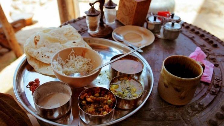 गोवा ट्रिपला जाताय? 'या Goan Food' चा आनंद नक्की घ्या
