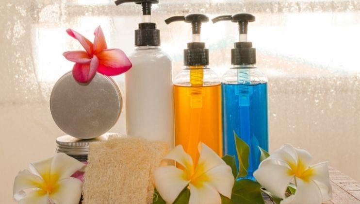 Home Made Body Wash: घरच्या घरी बॉडी वॉश बनवण्यासाठी करा 'हे' उपाय