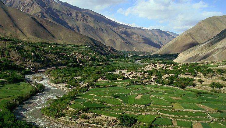 ताजिकिस्तानपासून पंजशीर 'डिस्कनेक्ट' जाणून घ्या, तालिबान का ठरतोय वरचढ
