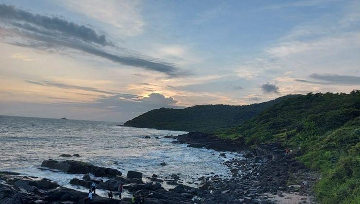 Goa: तीळमाती माजाळी कारवार समुद्रकिनाऱ्यावरील Sunset