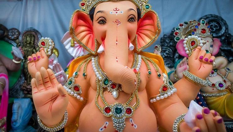 Ganesh Chaturthi 2021: आई...देव बाप्पा आले!