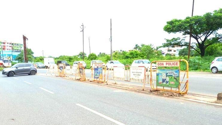 Goa: राष्ट्रीय महामार्ग - 17 B वरील दुभाजक तोडून केला रस्ता