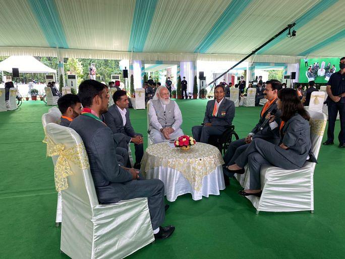 PM Modi in a chat with Palak Kohli
