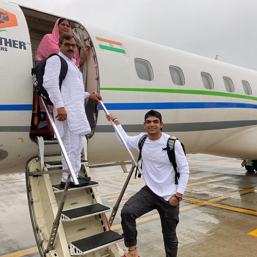 Neeraj Chopra With his parents in airplane