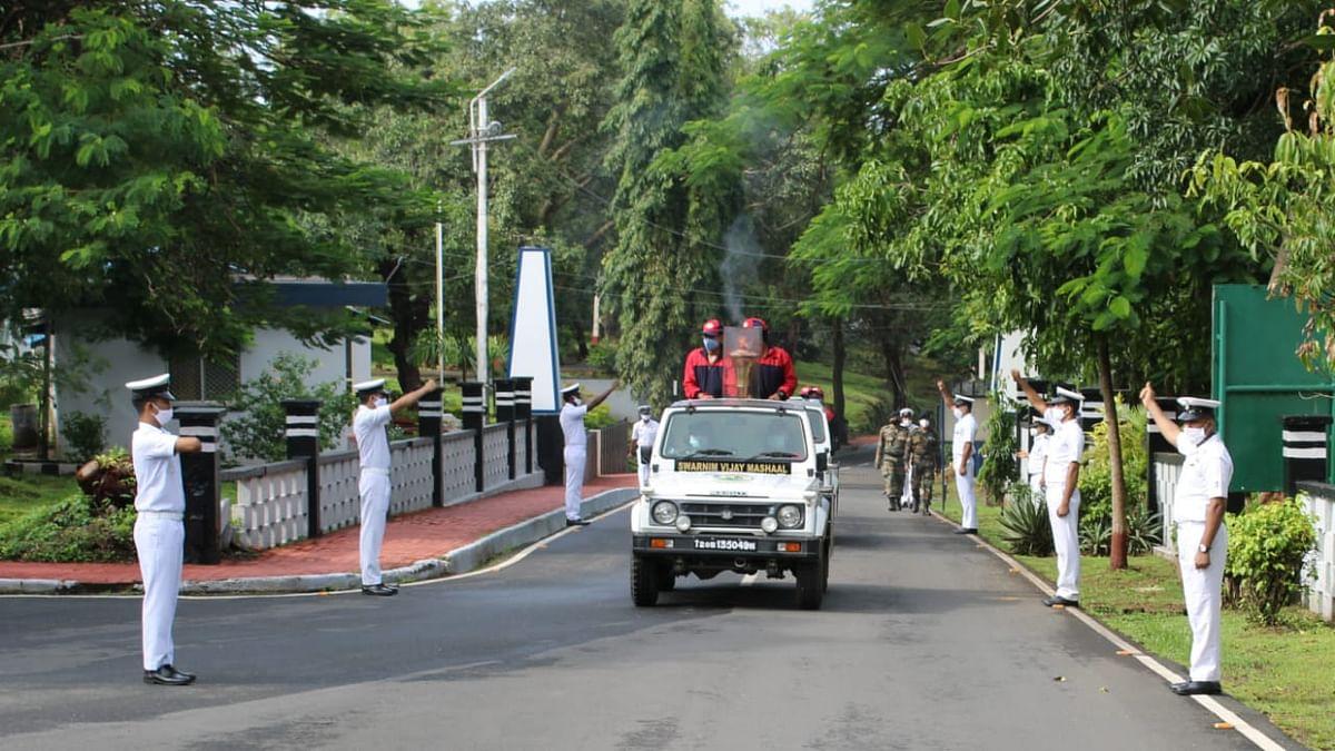 Goa: आयएनएस गोमंतक येथे विजयाची ज्योत आली