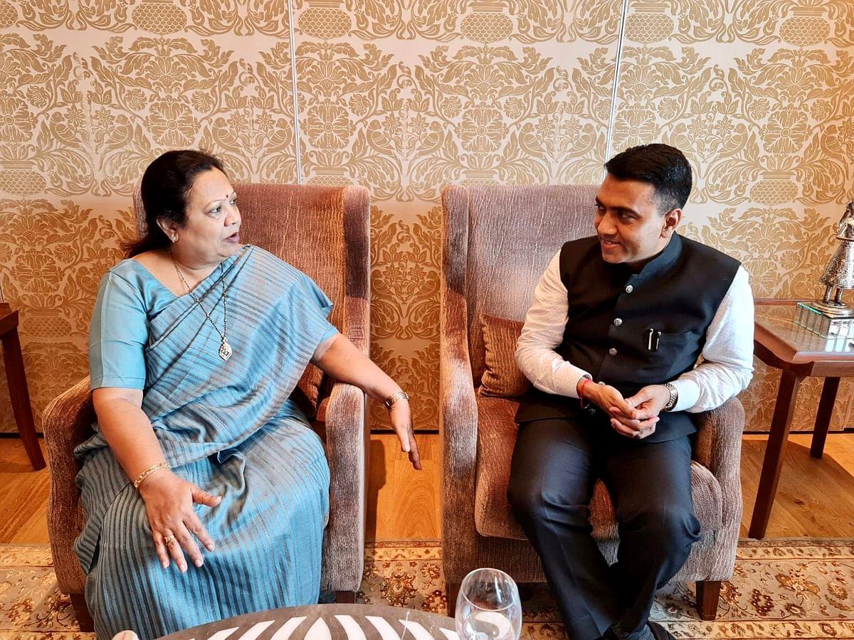 GOa CM Pramod Sawant Met Darshana Jardosh