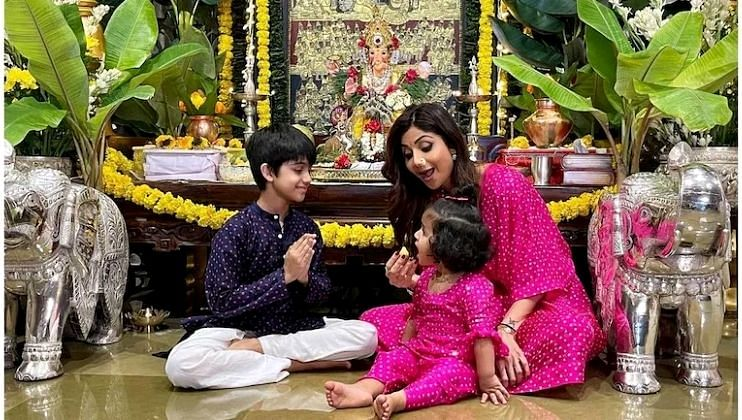 Shilpa Shetty च्या घरी उत्साहात 'गणरायाचे' आगमन