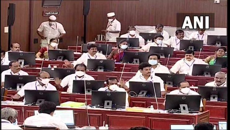 Breaking: तामिळनाडू सरकारचा मोठा निर्णय;  MBBS/BDS प्रवेशासाठी NEET ची आवश्यकता नाही