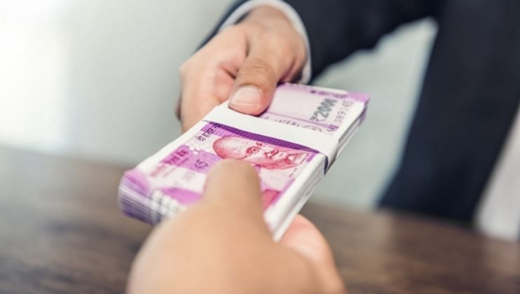 Employees In Indian Firms Salary Likely To Increase By 9.4% In 2022