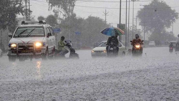 Monsoon Impact: पावसाने उडवली दाणादाण, जनजीवन विस्कळीत
