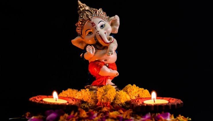 Ganesh Chaturthi 2021: बाप्पांच्या स्वागतासाठी सोप्या Decoration Ideas
