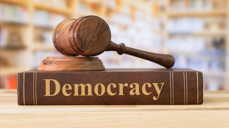 लोकशाहीचा गोमंतकीय प्रयोग अपयशी?