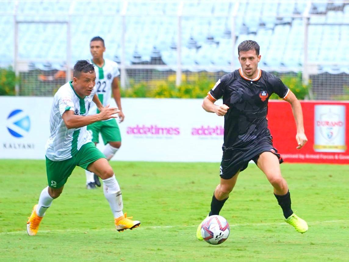 उपांत्य फेरीत झालेल्या आंबेली स्पोर्टस क्लब व शिरवडे स्पोर्टस क्लब यांच्यातील सामन्याचा क्षण (Goa Football)