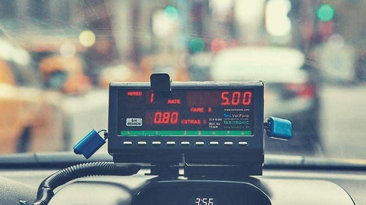 Goa Taxi: स्वखर्चाने डिजिटल मीटर बसवा; नंतर सरकार देणार पैसे