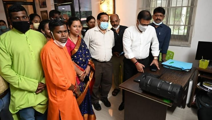 श्री गणेशाच्या भक्तीमय गीतांचं आरोग्यमंत्री विश्वजित राणेंच्या हस्ते लोकार्पण