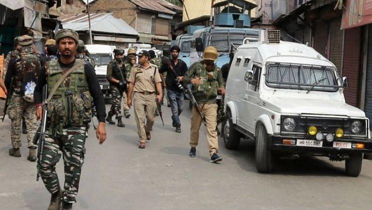 Jammu-Kashmir:पुलवामात दहशतवाद्यांचा पुन्हा ग्रेनेड हल्ला, तीनजण जखमी