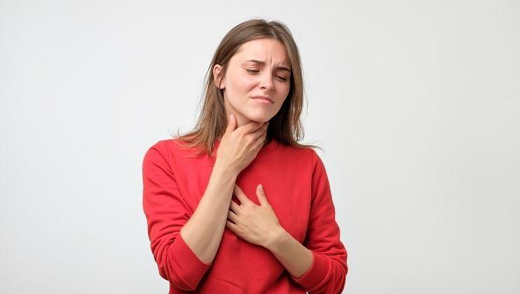 Post Covid Side Effects: कोरोनामुळे जाऊ  शकतो आवाज