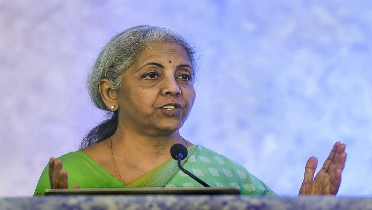 देशाला जास्त नव्हे तर मोठ्या बँकांची गरज : अर्थमंत्री निर्मला सीतारामन