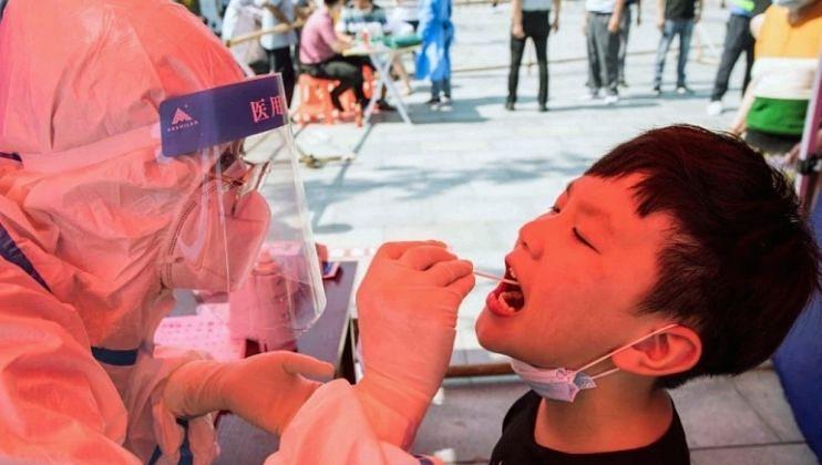 चीनच्या फुजियान भागात कोरोना कहर, एकाच शाळेतील 36 मुलांचे अहवाल पॉझिटिव्ह