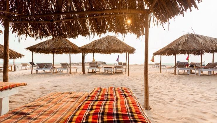 Goa: 'हॉटेल्स, शॅक्स,पर्यटनाशी संबंधित व्यवसाय  सुरू करण्याची मुभा द्या'