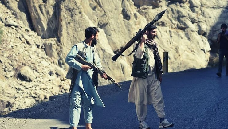 पंजशीरसमोर तालिबान हतबल, 40 मृतदेह सोडून काढला पळ