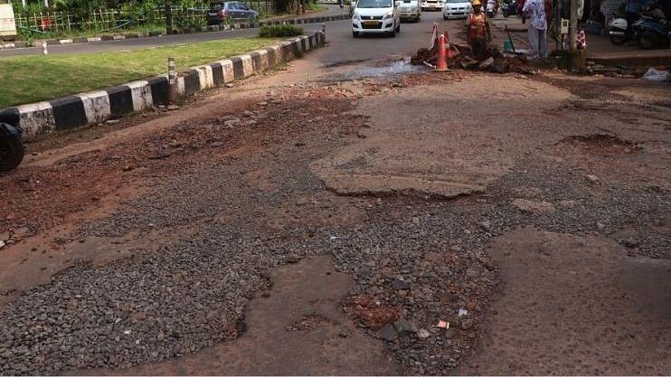 गोव्यातील बेकायदा रस्त्याचा जन्मदाता कोण?