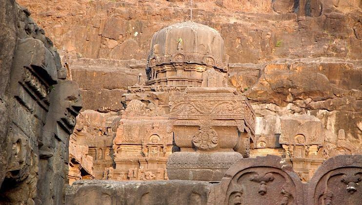 भारतातील या प्राचीन मंदिरांना अवश्य भेट द्या