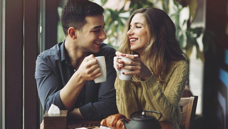 कॉफी पिण्याची योग्य आणि सुरक्षित वेळ 10 ते 11:30  आहे. या वेळेमध्ये शरीरातील  कार्टीसोलची पातळी कमी असते.
