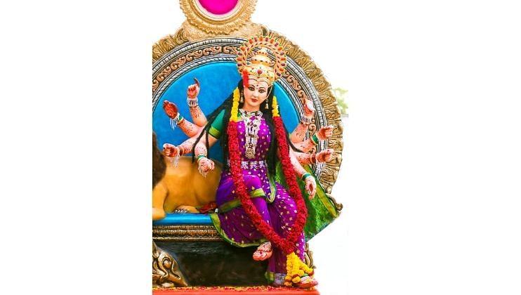 काणकोण: पैंगीण येथील श्री नवदुर्गा देवालयात आजपासून   नवरात्रोत्सवाला आरंभ होत आहे.