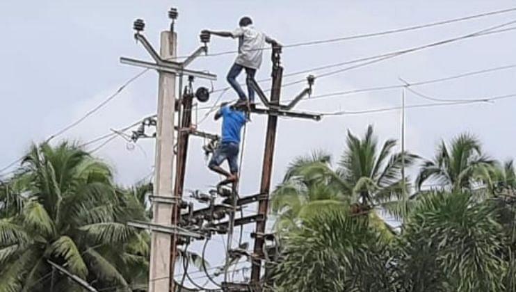 Goa: मजूर वीज खांबावरून पडल्यास जबाबदार कोण ?