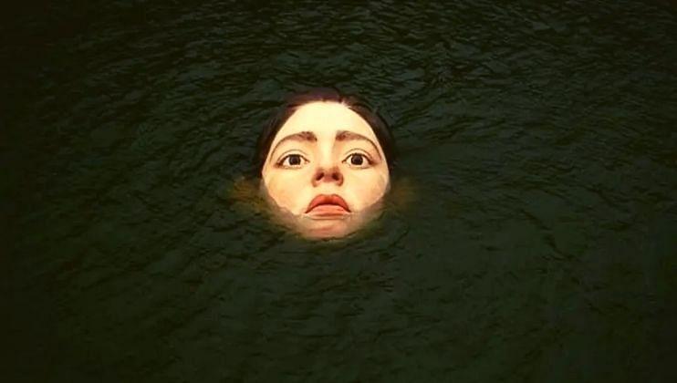स्पेनमध्ये 'बिहार' चर्चेत; पाण्यात बुडणाऱ्या मूर्तीमार्फत दिलाय मोठा संदेश