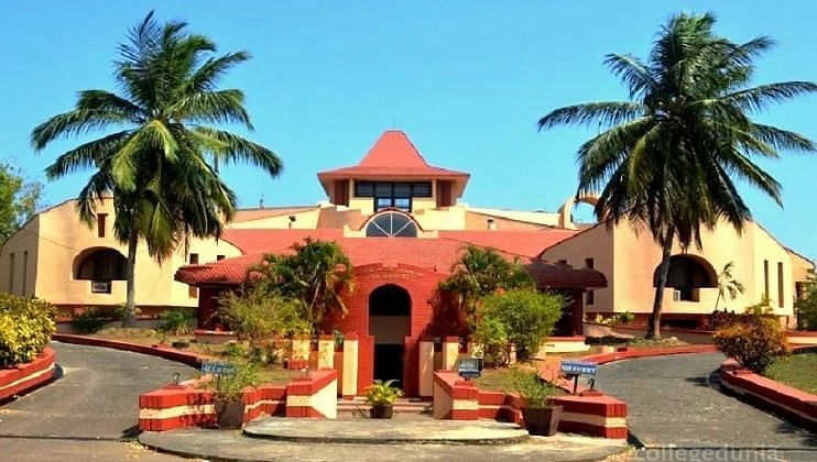 Goa : Outrage over non-service of State Bank of India at  Sattari