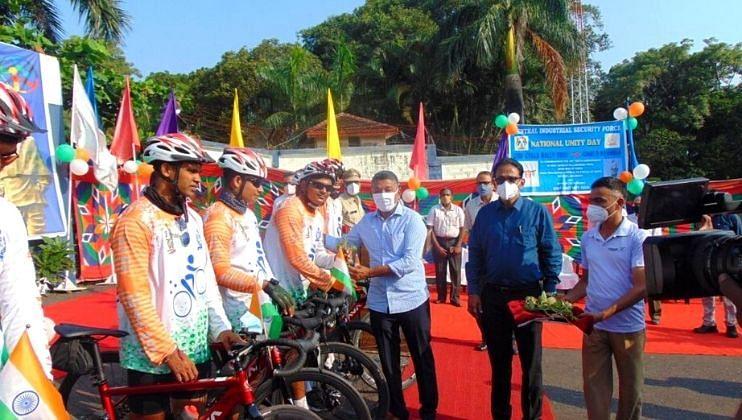 सरदार वल्लभभाई पटेल यांच्या जयंतीनिमित्त  सायकल रॅलीचे आयोजन