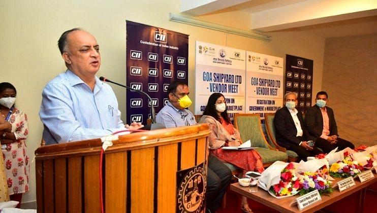 Goa : आचार्य धर्मानंद कोसंबी जयंती दिनी व्याख्यान देताना प्रो. प्रजल साखरदांडे.