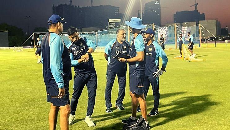 T-20 World Cup: भारतीय सराव सत्रात धोनी सरांच्या संघाला 'स्पेशल टिप्स'