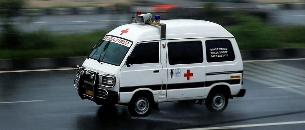 महाराष्ट्राच्या हद्दीतून गोव्यात माघारी धाडली रुग्णवाहिका; कोरोना रुग्णांसह गायब