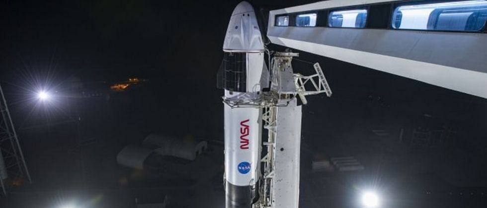 नासा आणि स्पेसएक्स चंद्रावर पाठवणार लँडर; हा खर्च गोव्याच्या एक वर्षाच्या बजेटइतका