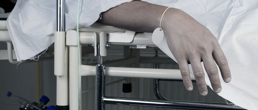 GOMECO रुग्णालयात Oxygen अभावी झालेल्या मृत्यूंच्या चौकशीसाठी आयोग नेमा